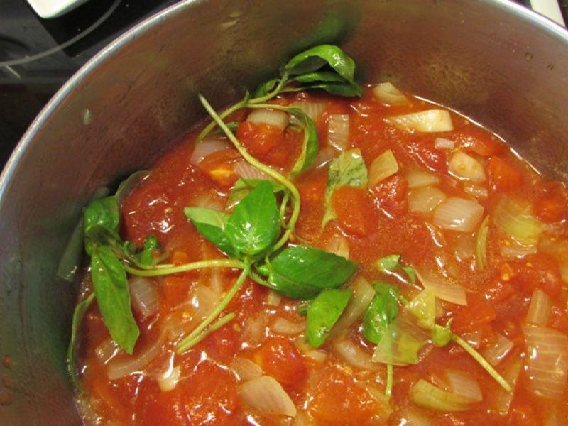 Sauce tomate passe-partout